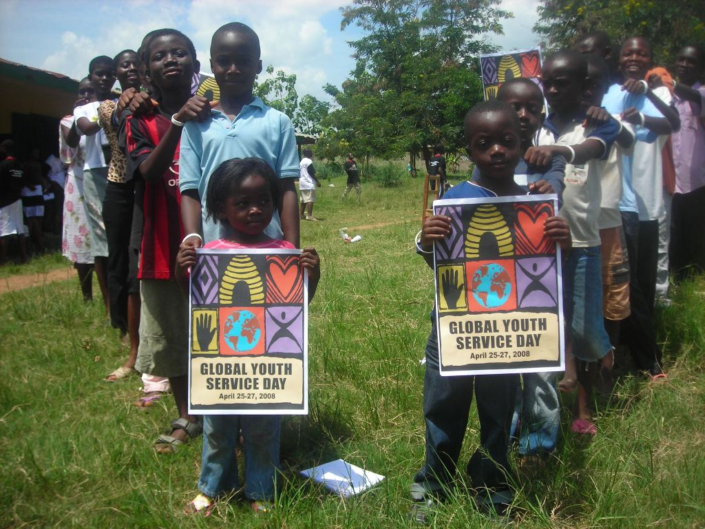 Kids celebrate GYSD_2008