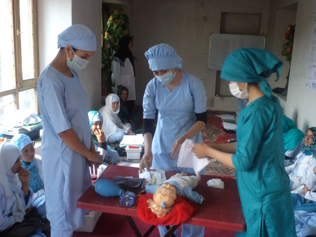 MTÜ Mondo poolt korraldatud Afganistani tervishoiukoolitus. Foto: Mohsin Zia Ayoubi/MTÜ Mondo