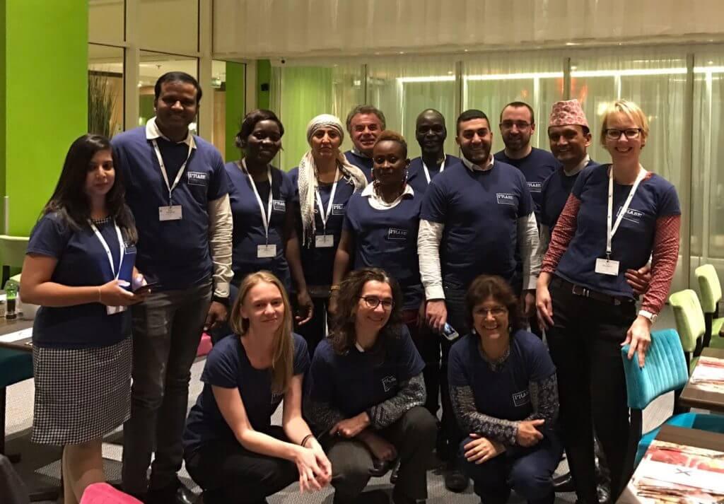 EU AID volunteers Mondo