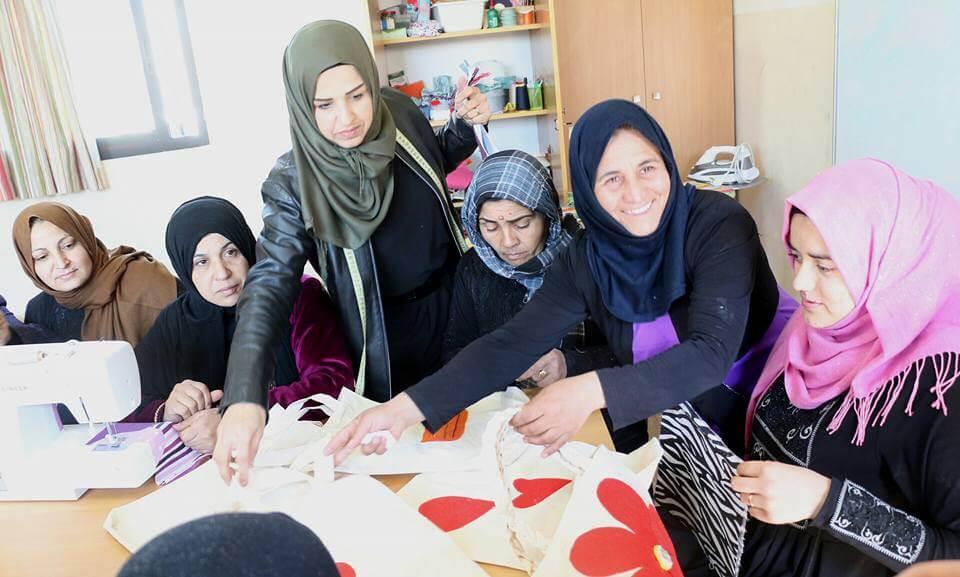 Ombluskursus Süüra pagulasnaistele Liibanonis Mondo
