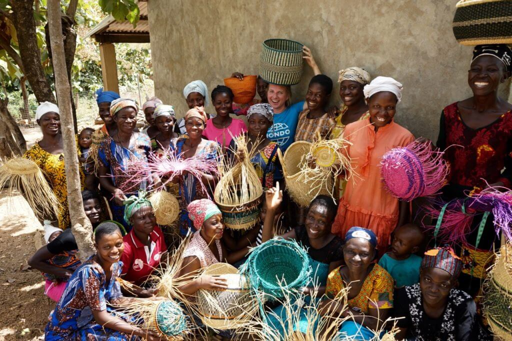 Kongo küla korvipunujad