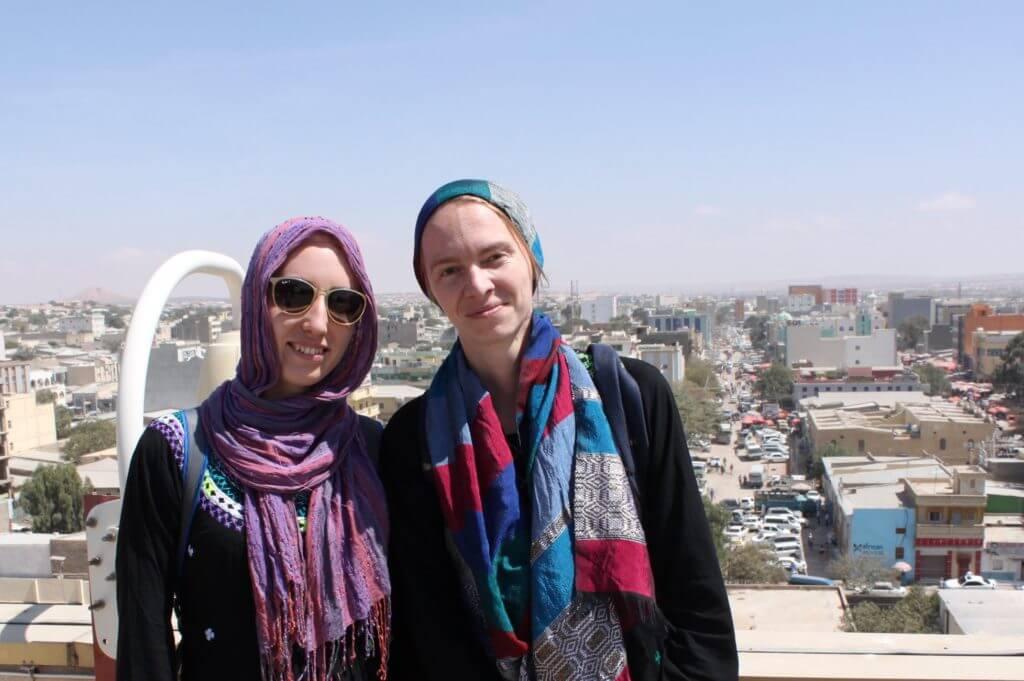 Janika Tamm ja Veronika Svištš Somaalimaal Mondo humanitaarabi