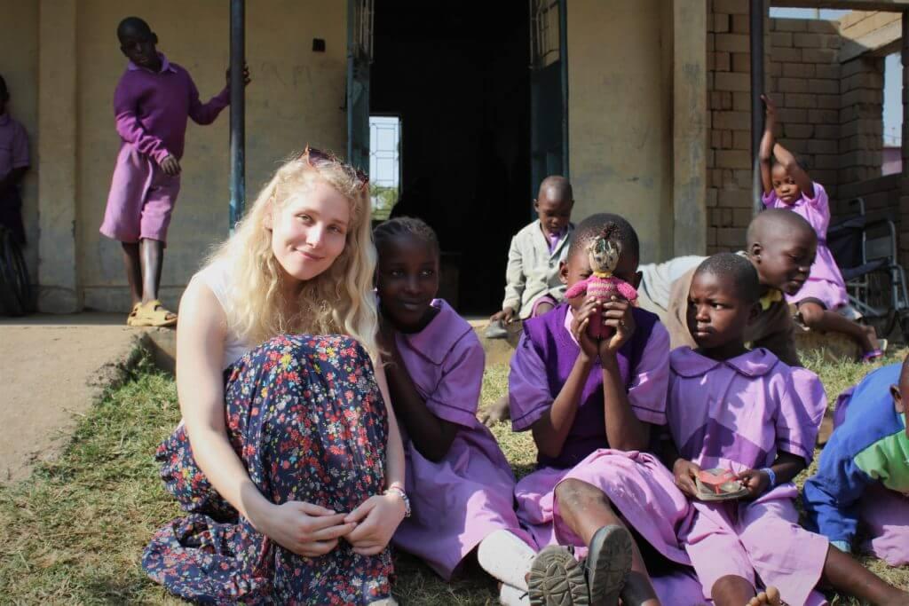 Maria ja lapsed, Keenia, Mondo