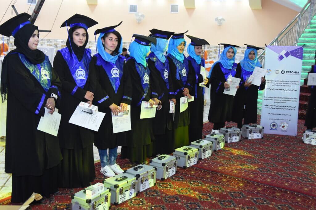 Afganistan, koolitusel osalenud ämmaemandad